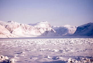 Pangnirtung fiord in February 1994. (PHOTO BY JANE GEORGE)