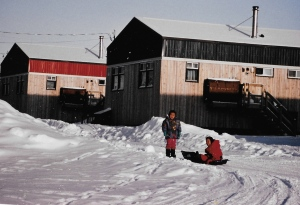 Children play outside in Puvirnituq, 1995. (PHOTO BY JANE GEORGE)