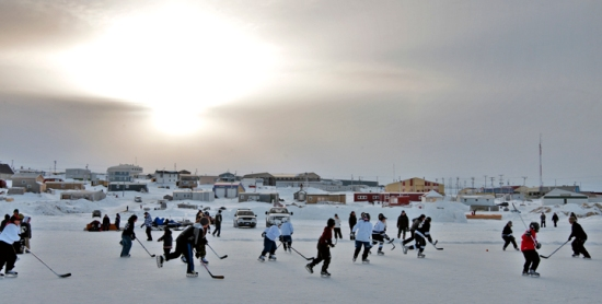 An outside hockey game in Igloolik, (PHOTO/ PROJECT NORTH)
