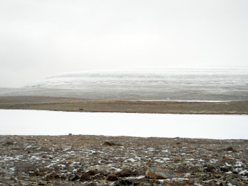 Mt. Pelly near Cambridge Bay, dusted with snow in September. (PHOTO BY JANE GEORGE)