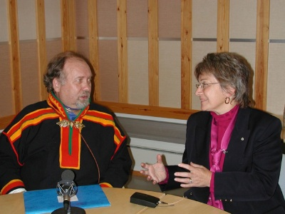 Finnish Saami parliament, Pekka Aikio  and Mary May Simon, Canada's first Arctic Ambassador, participate in an October 2003 round-table discussion for the Saami radio network in Inari, Finland. (PHOTO BY JANE GEORGE)